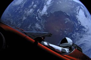Starman-Earth_resize_md